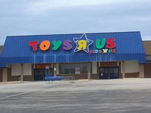 Washington-Mall-Toys-R-Us-E
